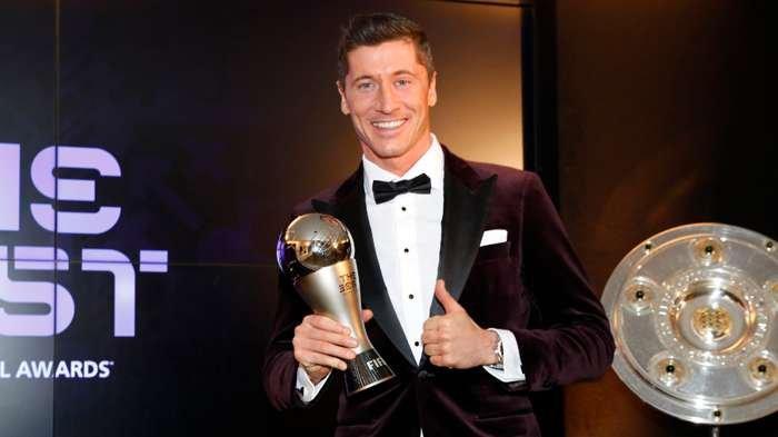 Robert Lewandowski Pemain Terbaik FIFA 2020, Tak Pilih Lionel Messi dan Cristiano Ronaldo