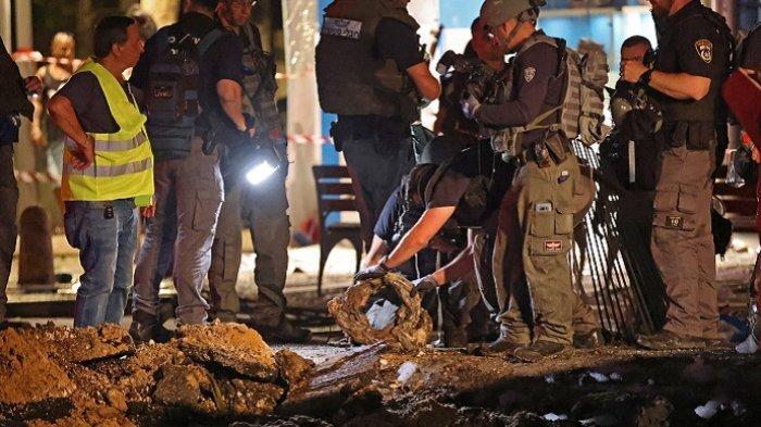 Roket Hamas Terjang Apartemen Tujuh Lantai di Ashkelon dan Ashdod