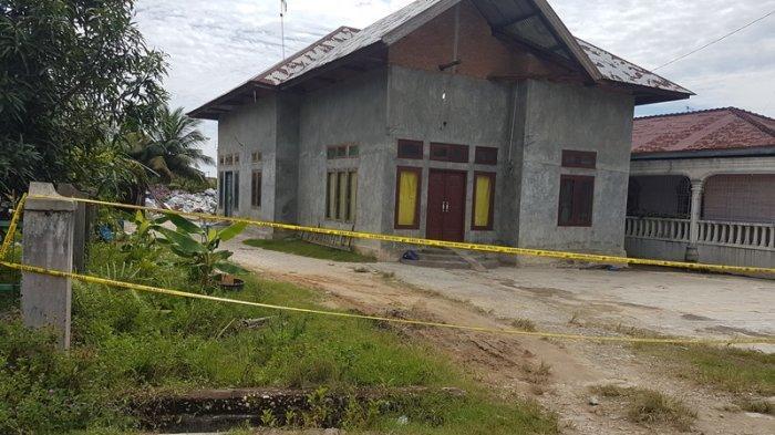 Rumah Warga Langsa yang Mayatnya Ditemukan Dalam Karung di Aceh Timur Dipasangi Garis Polisi