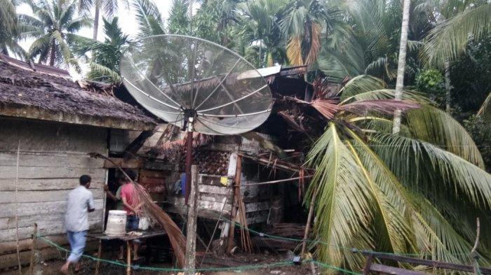 Empat Rumah di Kecamatan Paya Bakong Rusak, Atap Diterbangkan Angin