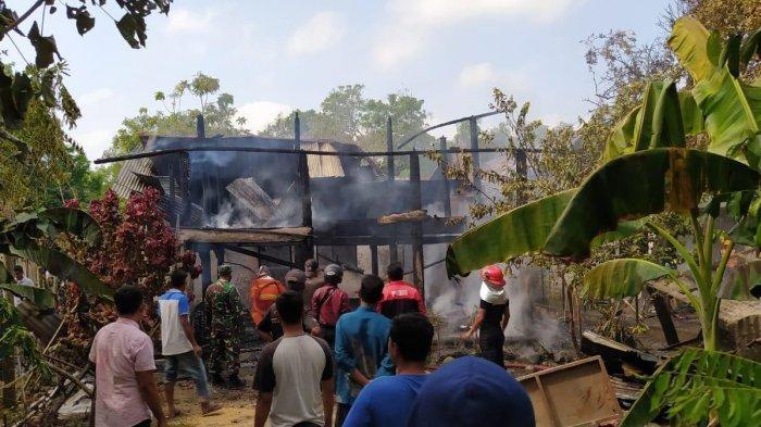 Lihat Rumah Terbakar, Aksi Gadis Muda di Pidie Selamatkan Bayi dan Kakek dari Kobaran Api