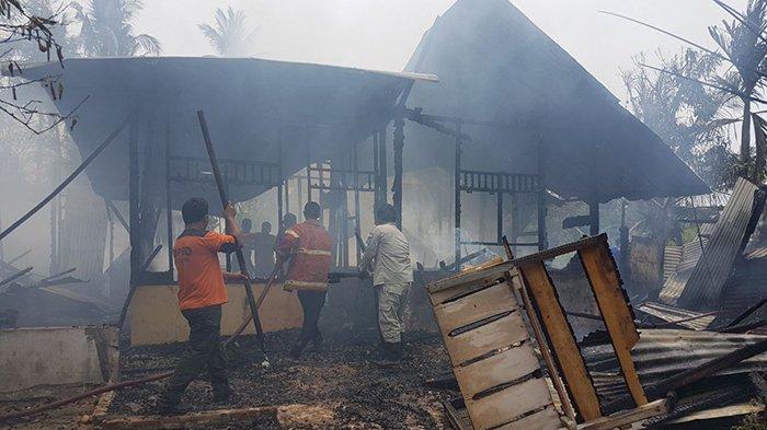 Diduga Akibat Api Pembakaran Sampah, Rumah Warga Langsa Timur Ludes Terbakar dalam Waktu 20 Menit