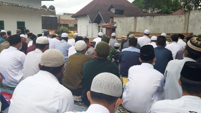 Terapkan Protkes, Dua Desa Shalat Ied Idul Adha di Lapangan Masjid Al Azhar Lawe Loning Aman