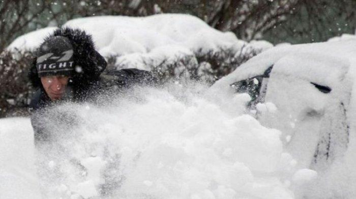 Salju Membekukan Rusia, Disebut Sebagai Selimut Kiamat