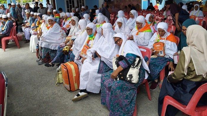 Jamaah Haji Abdya Kembali ke Tanah Air, Satu Jamaah Dirawat di Banda Aceh