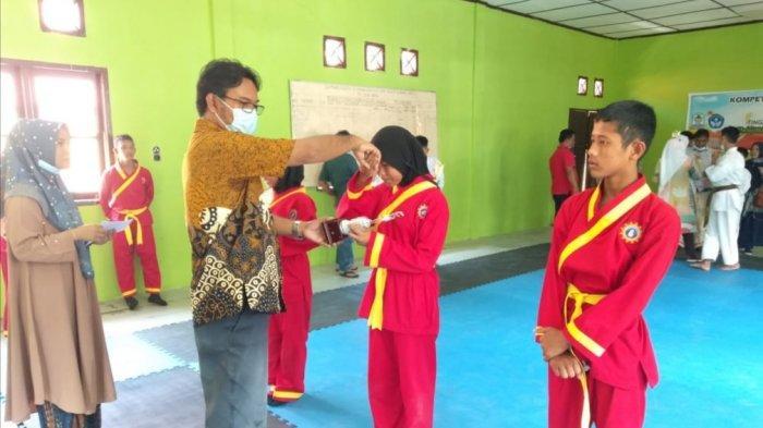 Santri Pesantren Darur Rasyid Wakili Aceh Singkil dalam Kompetisi Olahraga Siswa Nasional