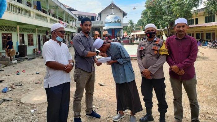 Yayasan Sapefam Aceh Utara Kembali Salur Bantuan untuk Santri Miskin, Kali Ini untuk 4 Orang