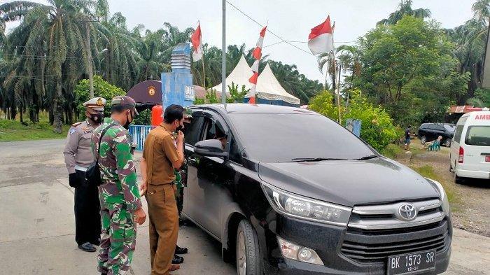 Satgas di Perbatasan Aceh-Sumut Periksa Surat Vaksin dan Tegur Pengendara tak Disiplin Protkes