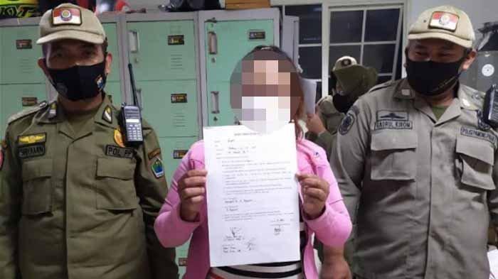 Wanita Ini Jajakan Diri Saat Ramadhan hingga Ditangkap Satpol PP, Butuh Uang Demi Hidupi 5 Anak