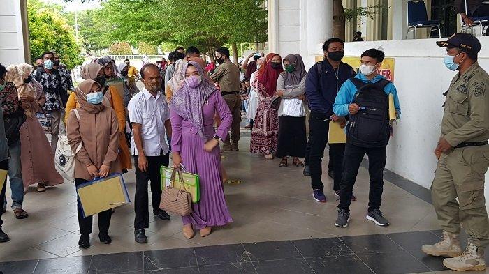 Pendaftar CPNS di Pidie Jaya Membludak