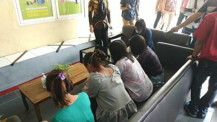 Wanita 20 Tahun Jual Gadis Bawah Umur ke Pria Hidung Belang, Pasang Tarif Rp 1,7 Juta Sekali Kencan