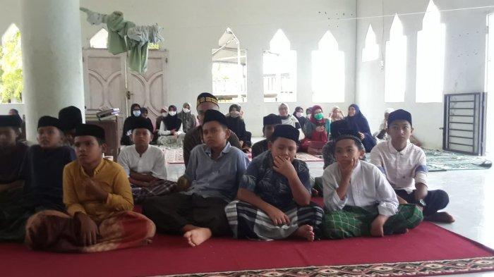 Fakultas Ekonomi USK Saweu Dayah Darul Hikmah, Sosialisasi Ekonomi Islam Hingga Bantu Modal Usaha