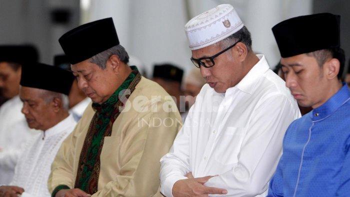 SBY Akhiri Tour Toba-Seulawah dengan Shalat Zuhur di Masjid Raya Baiturrahman