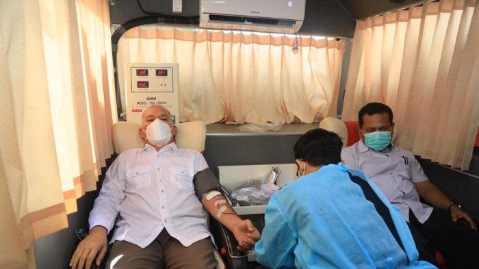 Sekda Aceh Donor Darah Rutin di PMI, Total Donor Capai 30 Kali