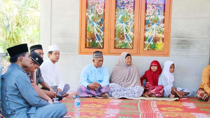 Sekeluarga Masuk Islam
