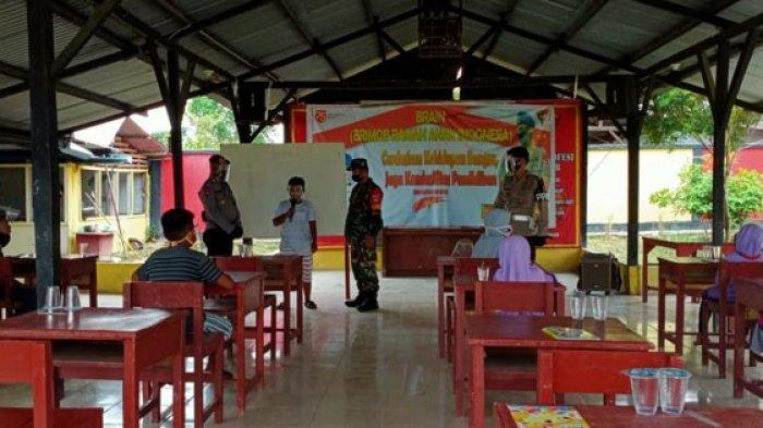 Lagi, Brimob Aramiah Fasilitasi Anak-anak Kurang Mampu Belajar Daring
