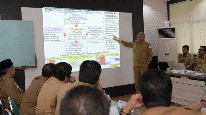 Ketika Pejabat Eselon II, III, dan IV Presentasikan Kerja dan Kinerja dalam Bahasa Aceh