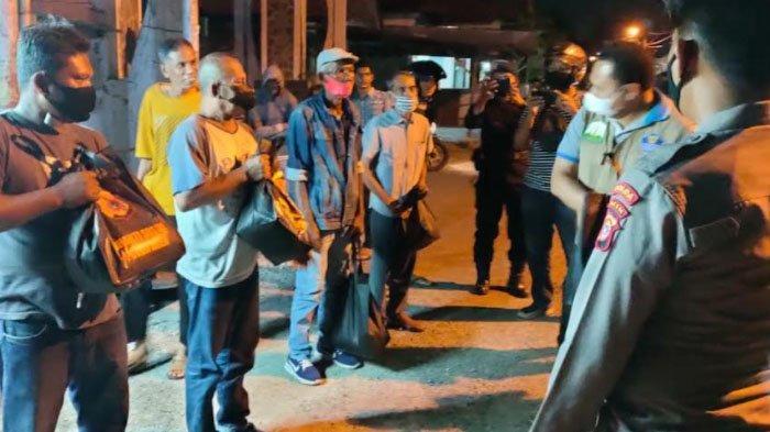 Polda Salurkan Ratusan Paket Sembako dalam Patroli Berskala Besar di Banda Aceh dan Aceh Besar