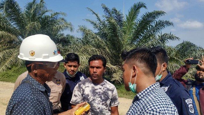 Tim Teknis Medco Menutup Semburan Gas akibat Pengeboran Warga Pada Peninggalan PT Asamera