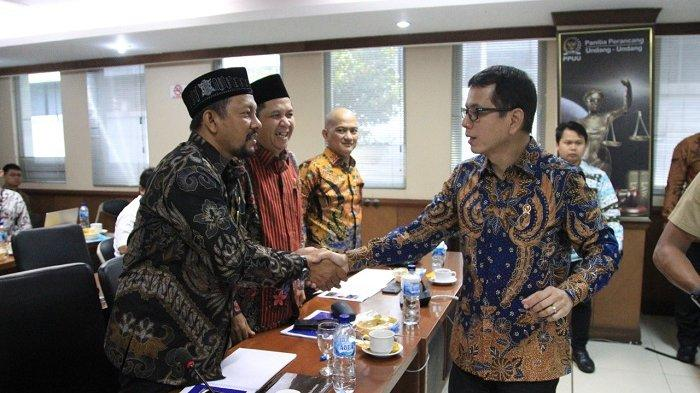 Rapat dengan Kementerian Pariwisata, Fadhil Rahmi Ajak Wishnutama Kunjungi Objek Wisata di Aceh