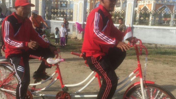 Sepeda Tandem Nyentrik Sedot Perhatian Warga di Lokasi Acara Fun Bike Pemkab Aceh Utara