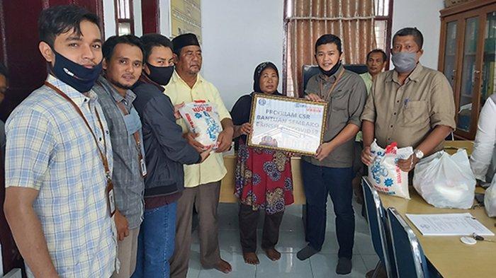 Alhamdulillah, BRI Insurance Aceh Serahkan CSR untuk Warga terdampak Covid 19