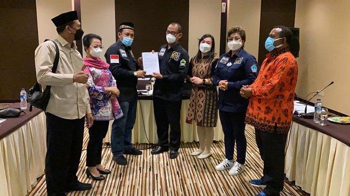 Syech Fadhil Serahkan Laporan Kasus Pekerja Outsourching Pertamina Field Rantau ke BAP DPD RI