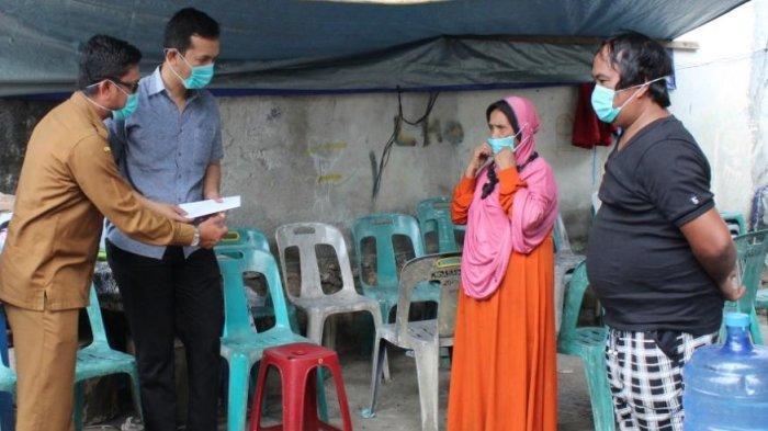 Baitul Mal Aceh Bantu Korban Kebakaran di Gampong Geuceu Iniem, Kecamatan Banda Raya, Banda Aceh