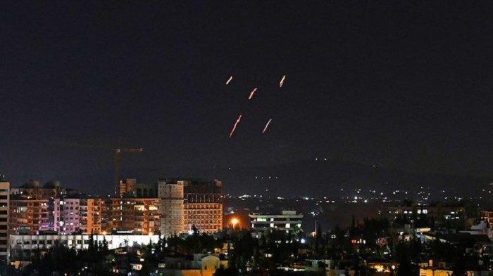Jet Tempur Israel Bombardir Milisi Iran Suriah, Puluhan Orang Tewas