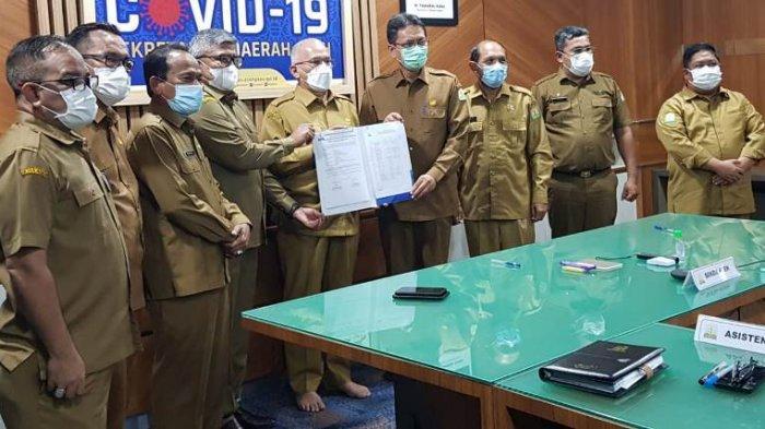 Mundur Sebagai Kepala BPKA, Bustami Hamzah Serah Terima Jabatan ke Azhari Hasan, 'Santai Aja Bro'