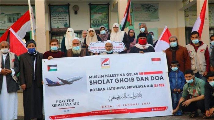 Ikut Berduka untuk Korban Sriwijaya Air SJ-182, Warga Palestina Shalat Ghaib dan Doa Bersama