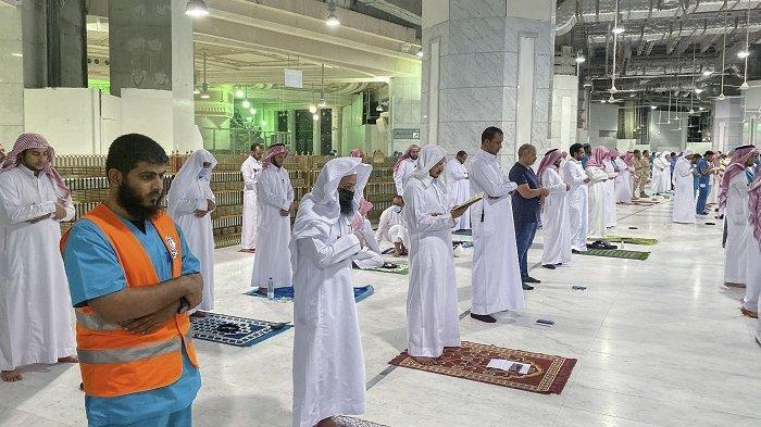 Ramadhan 1442 Hijriah - Berikut Doa Setelah Shalat Tarawih dan Witir, Lengkap dengan Doa Kamilin