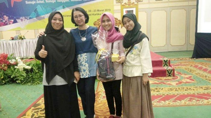 Sharla, Siswi MAN Model Banda Aceh Juara Lomba Poster PKPR pada Jambore Konselor Sebaya Se-Indonesia