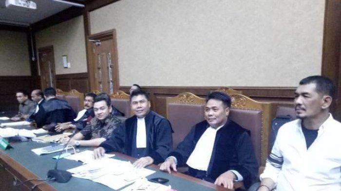 Sidang Kasus Irwandi Cs Berakhir 15 Menit Sebelum Pukul 00.00 WIB