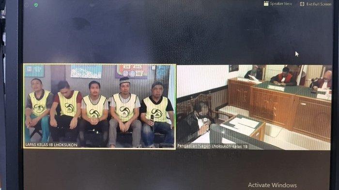 Lima Terdakwa Kasus Penyelundupan Bawang Merah Ikuti Sidang Secara Online, Segini Tuntutan JPU