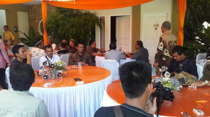 Din Minimi Hadiri Silaturahmi di Rumah Irwandi