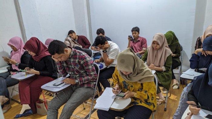 Serambi FM dan Teknos Genius Aceh Adakan Simulasi Try Out CPNS