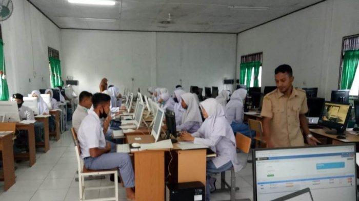 1.448 Siswa SMA/SMK di Nagan Raya Ujian Kelulusan