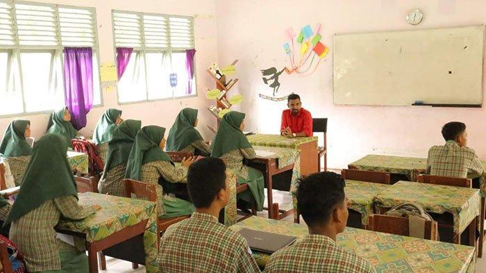 Bangunan SMA Unggul Aceh Timur Memprihatinkan, Anggota DPRA Minta Disdik Aceh Beri Perhatian