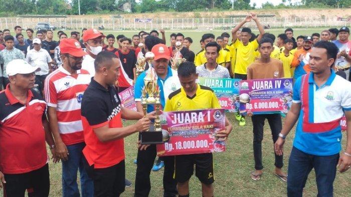 Kalahkan SMAN 1 Bandar Baru, SMAN 1 Sigli Juara Sepakbola Antar Siswa Pidie dan Pijay, Ini Hadiahnya
