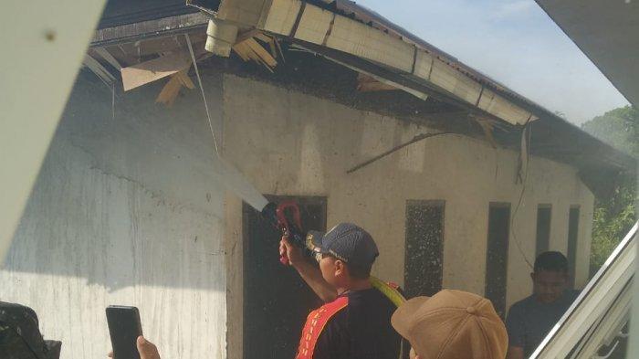 Toilet SMK-PP Negeri Saree Aceh Besar Terbakar, Api Juga Melalap Kasur Bekas