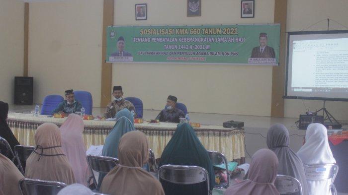 Tangkal Isu Hoax Soal Pembatalan Haji, Kemenag Nagan Raya Sosialisasikan KMA ke CJH & Penyuluh Agama