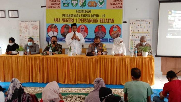 Muspika Sosialisasi Vaksin di SMAN 1 Peusangan Selatan