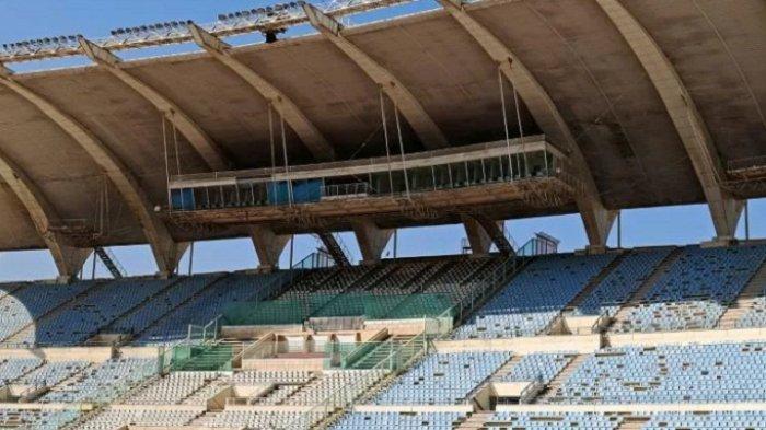 Stadion Lebanon Berubah Total, Dari Pertandingan Sepak Bola Menjadi Gudang Tepung
