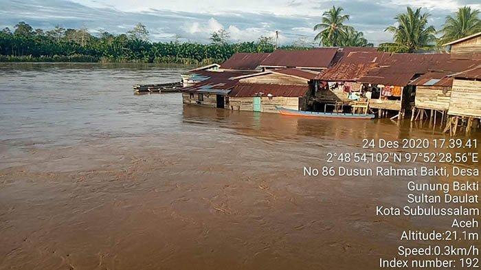 Beberapa kawasan di Kota Subulussalam terendam banjir luapan, Kamis (24/12/2020) sore.