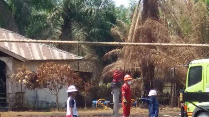 Semburan Sumur Minyak di Ranto Peureulak Ditutup