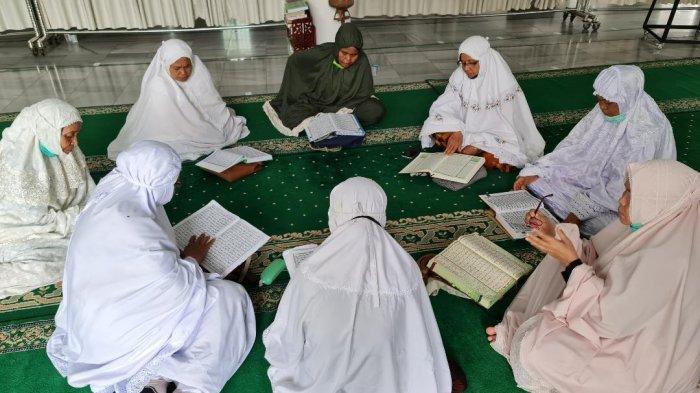 Ingin Khatam Al-Quran Selama Bulan Ramadhan? Lakukan Tips Berikut Ini
