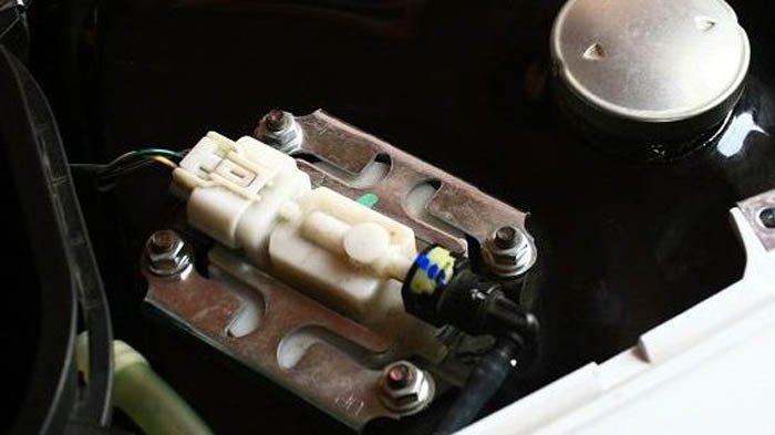 Begini Tahapan dan Cara Kuras Tangki Bensin Motor Injeksi, Berbeda dengan Motor Biasa