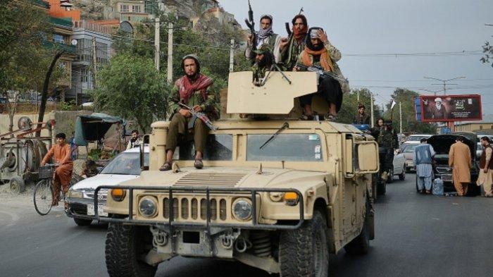 Donald Trump Khawatir Banyak Senjata AS di Afghanistan Dimanfaatkan Rusia dan China
