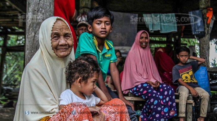 FOTO - Kondisi Terkini Fenomena Tanah Bergerak di Lamkleng Aceh Besar - tanah-bergerak-di-aceh-besar-2.jpg